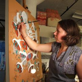 Artist Laura Hallen